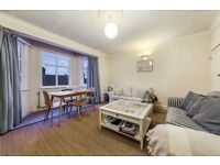 2 bedroom flat in Doverfield Road, London, SW2