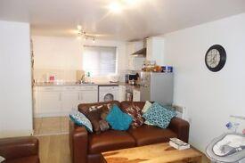 2 bedroom flat in Rushbury Court, Wavertree, L15