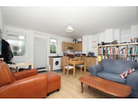 Stunning one bedroomed apartment located ideally on the peaceful Mount View Road, Crouch Hill.