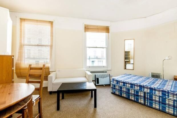 FANTASTIC SPACIOUS STUDIO AVAILABLE FOR RENT IN NOTTING