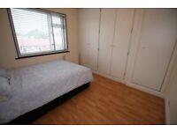 1 bedroom in Munster Avenue, HOUNSLOW, TW4