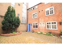 3 bed city centre cottage mews listed with courtyard and real fire and beams