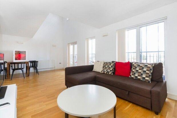 3 bedroom flat in Gazelle House 8 Manbey Park Road, London, E15