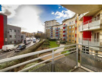 Bright, spacious and lively two bedroomed apartment in Bow w/ private balcony.