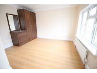 1 bedroom in Mornington Crescent, HOUNSLOW, TW5