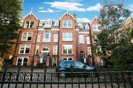 3 bedroom flat in 34a Parkfield Road, Aigburth, Liverpool, L17