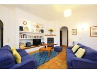 LS604. Lovely and cheerful villa for 6 persons Albufeira, on the Algarve, Portugal.