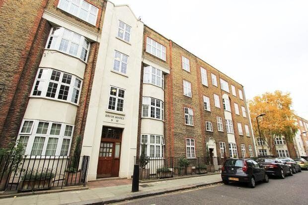 VACANT! - FULLY FURNISHED SPACIOUS 2 DOUBLE BEDROOM, 2 BATH APARTMENT - EAUSTON STATION, KINGS CROSS