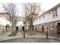 2 bedroom house in Orchard Mews, De Beauvoir, N1