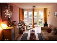 1 bedroom flat in St David Square, London, E14