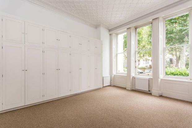 1 bedroom flat in Hamilton Terrace, London, NW8