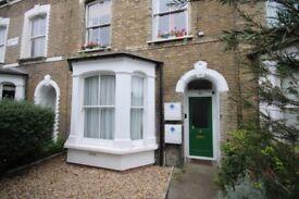 1 bedroom flat in Riversdale Road, Highbury, N5