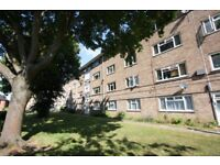 2 bedroom flat in New Barn Avenue, Cheltenham, GL52
