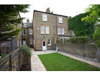 4 bedroom house in Lydon Road, Clapham, SW4