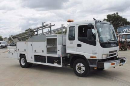 Isuzu FRR550 EX-POWER NETWORKS Service Body
