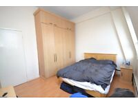 PRICE REDUCTION !!! 2/3 BEDROOM FLAT IN BAKER STREET !!! PORTERED BLOCK WITH LIFT !!!