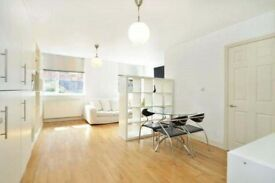 2 bed flat to rent in E1 5BW