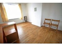 1 bedroom in Kingsley Road, HOUNSLOW, TW3