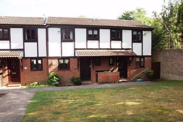 2 bedroom house in Luscombe Court | Park Hill Rd | Bromley | BR2 | REF:1098