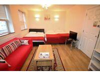 Studio flat in Bath Road, HOUNSLOW, TW5