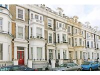 2 bedroom flat in Westgate Terrace, London, SW10