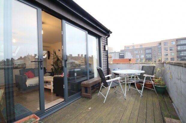 2 bedroom flat in Flat D Jackson Road, London, N7