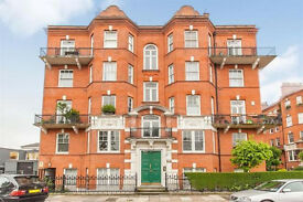 A well presented extra spacious 4 bedroom flat in mansion block, 2mins walk to West Kensington tube