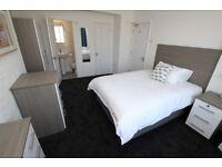 1 bedroom in Delamere Road - Room 1, Reading, RG6