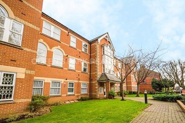 2 bedroom flat in St Annes Court Salusbury Road, Queens Park, NW6