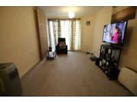 2 bedroom flat in Wooldridge Close, FELTHAM, TW14