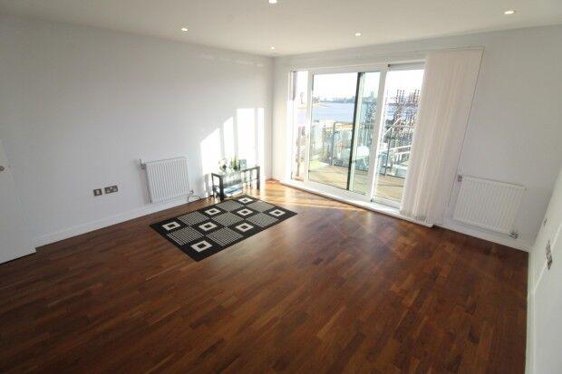 1 bedroom flat in Knights Tower Wharf Street,