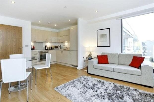 LUXURY 1 BED WERNER COURT AQUA VISTA E3 BOW DEVONS ROAD CANARY WHARF LIMEHOUSE BROMLEY LANGDON
