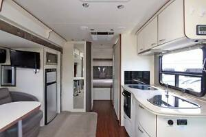 Winnebago (Avida) Motorhome - Menindee #6434 Windale Lake Macquarie Area Preview