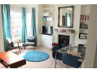 2 bedroom flat in Marney Road, London, SW11