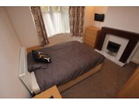 1 bedroom in Chiltern Crescent - Room 1, Earley, Reading, RG6