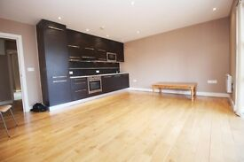 2 bedroom flat in Kiran Court Spratt Hall Road, London, E11