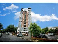 1 bedroom flat in Greenheys Road, Liverpool, L8