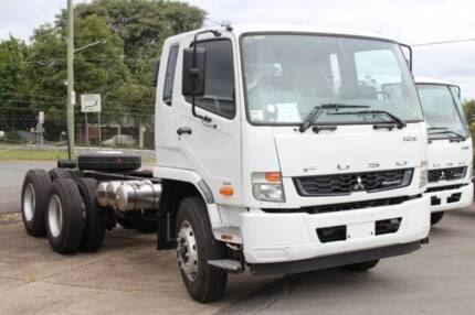 Fuso Fighter 2427 9sp Man, XXLWB Cab chassis (FNJ25017)