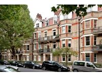 A GORGEOUS & SPACIOUS 3 BEDROOM 1st FLOOR FLAT SET WITHIN POPULAR MANSION BLOCK IN MAIDA VALE (W9)