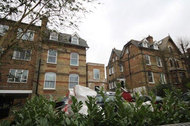 1 bedroom flat in Archway Road Archway Road, London, Highgate, N6