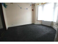 Very large 3 bed 2 reception house in Highams Park close to station Part DSS accepted
