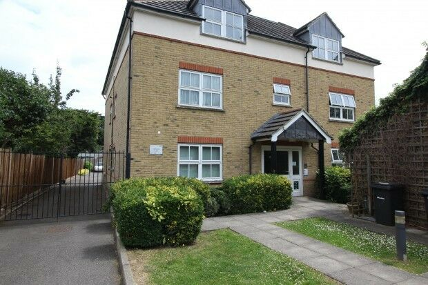 1 bedroom in Guinevere Court 1A Oldstead Road, Bromley, BR1