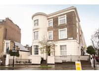 2 bedroom flat in Basement Flat Hemingford Road, London, N1