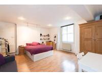 Studio flat in Gloucester Place, Marylebone