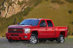 IM LOOKING FOR A RED DURAMAX !!!!