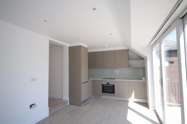 1 bedroom flat in 410 Seven Sisters Road, London, N4