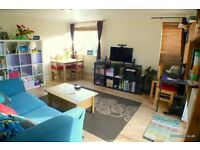 1 bedroom flat in Admiral Place, Canada Water, SE16