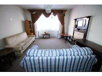 4 bedroom house in Albert Road, HOUNSLOW, TW3