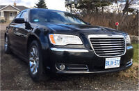 Chrysler 300 (can be used as Limo / Uber black)