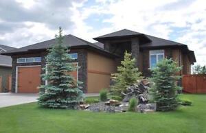 Executive Manor Located on Land-O-Lakes Golf Course